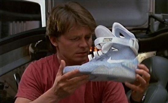 NikeAirMag1