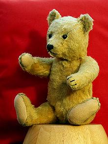 220px-Teddy_bear_27-1