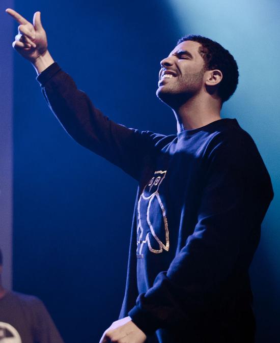 800px-Drake_at_Bun-B_Concert_2011